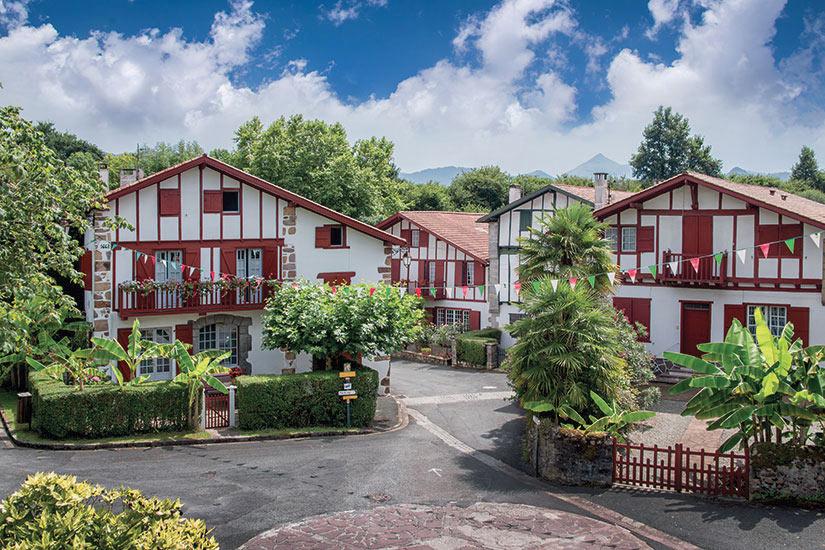 Au Pays Basque, privilégiez les hôtels abrités dans des maisons traditionnelles
