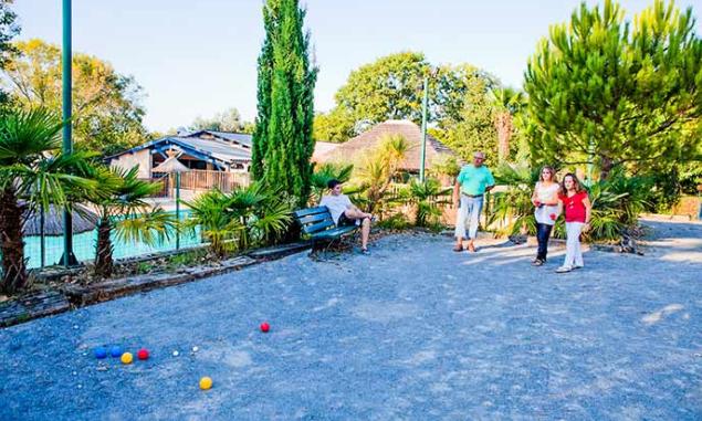 Pays Basque : comment passer des vacances en camping en compagnie de sa famille ?