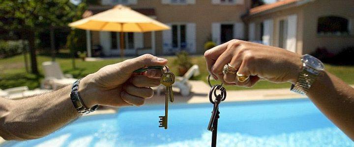 Echanger sa maison pendant les vacances : les précautions à prendre