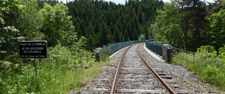 Parcours la Vernelle : 8 km en vélorail au cœur de la nature et du Velay